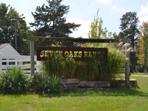 seven-oaks-ranch-welcome-sign